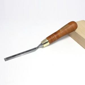 Стамеска плоская изогнутая Narex с ручкой Wood Line Plus 13 мм